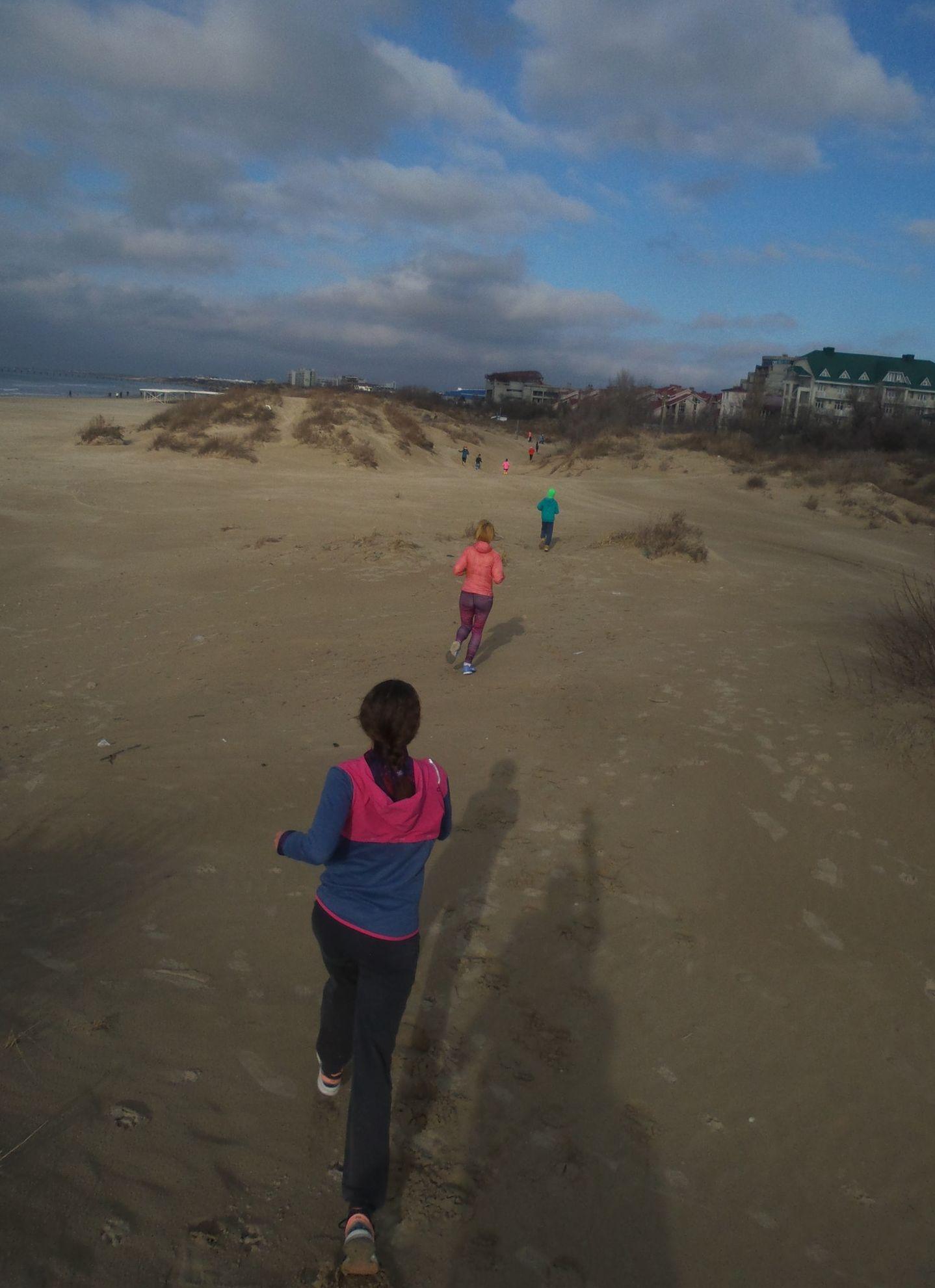 бег в дюнах