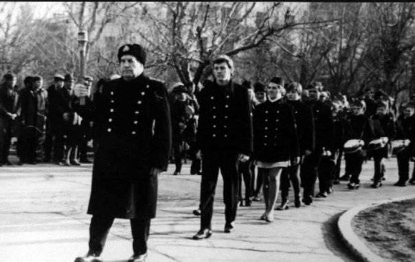 1513173120_admiral-holostyakov